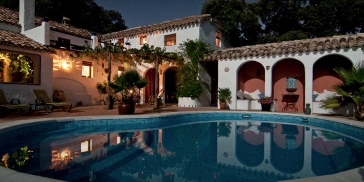 villa wealth house swimming pool