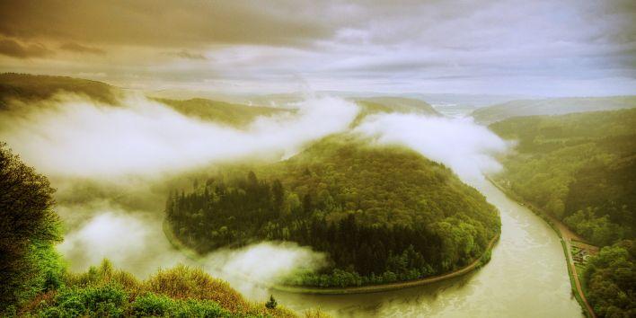hike nature fog travel