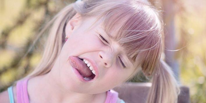 girl child tongue