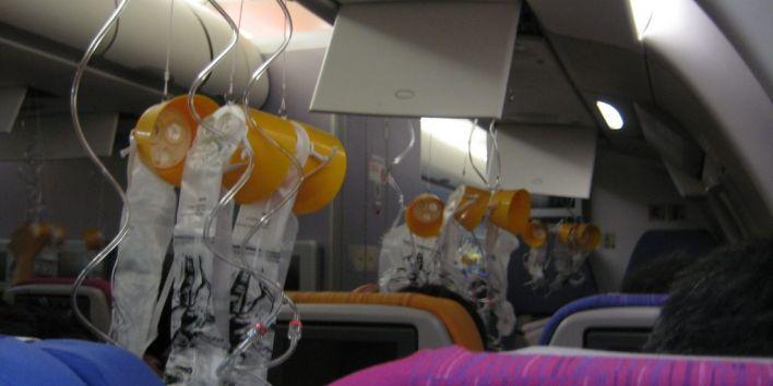 oxigen mask plane