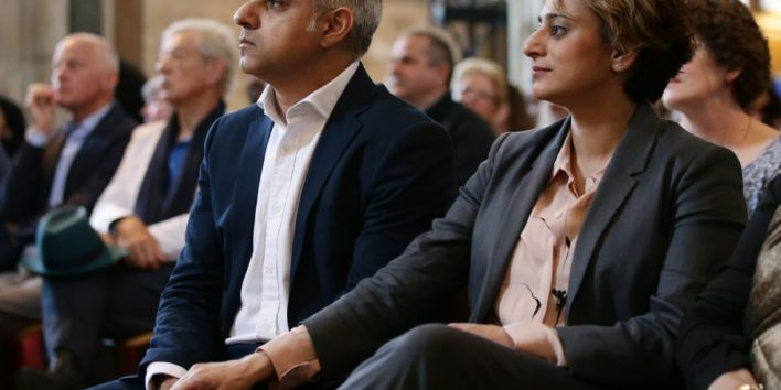 """Britain's incoming London Mayor Sadiq Khan (L) sits with his wife Saadiya, during his swearing-in ceremony at Southwark Cathedral in cental London on May 7, 2016. London's new mayor Sadiq Khan thanked voters for choosing """"unity over division"""" as he was elected Saturday, becoming the first Muslim leader of a major Western capital. / AFP PHOTO / POOL / Yui Mok"""
