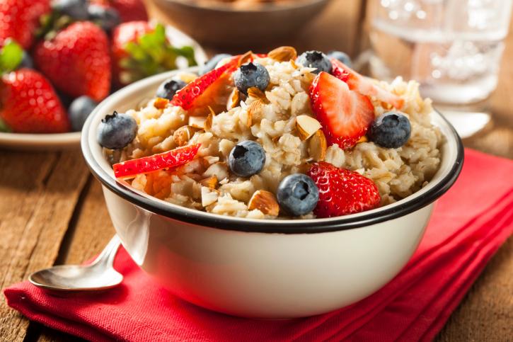 Gezond ontbijten met havermout