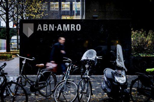 ABN Amro schrapt één op de drie banen bij zakenbank