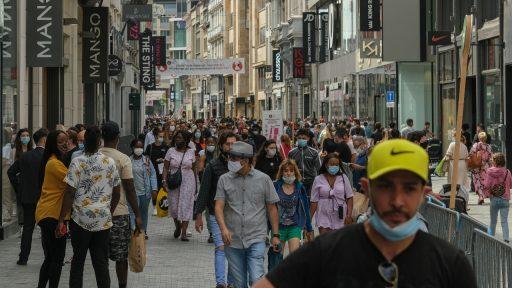 Groei van nieuwe besmettingen stagneert, Belgen steeds minder welkom in buitenland