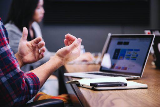 Business AM est à la recherche de journalistes web