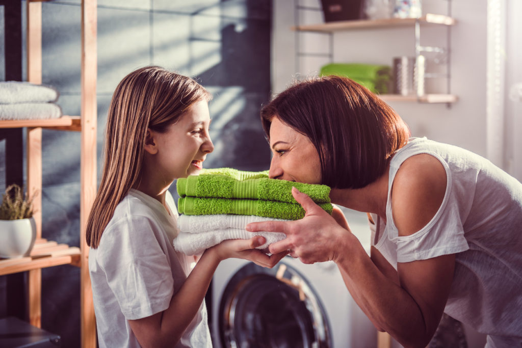 Waarom het zo belangrijk is om geregeld je droogkast schoon te maken