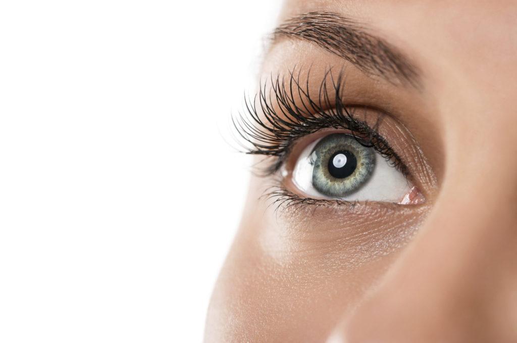 Hoe voorkom je oogziekten bij het dragen van lenzen?