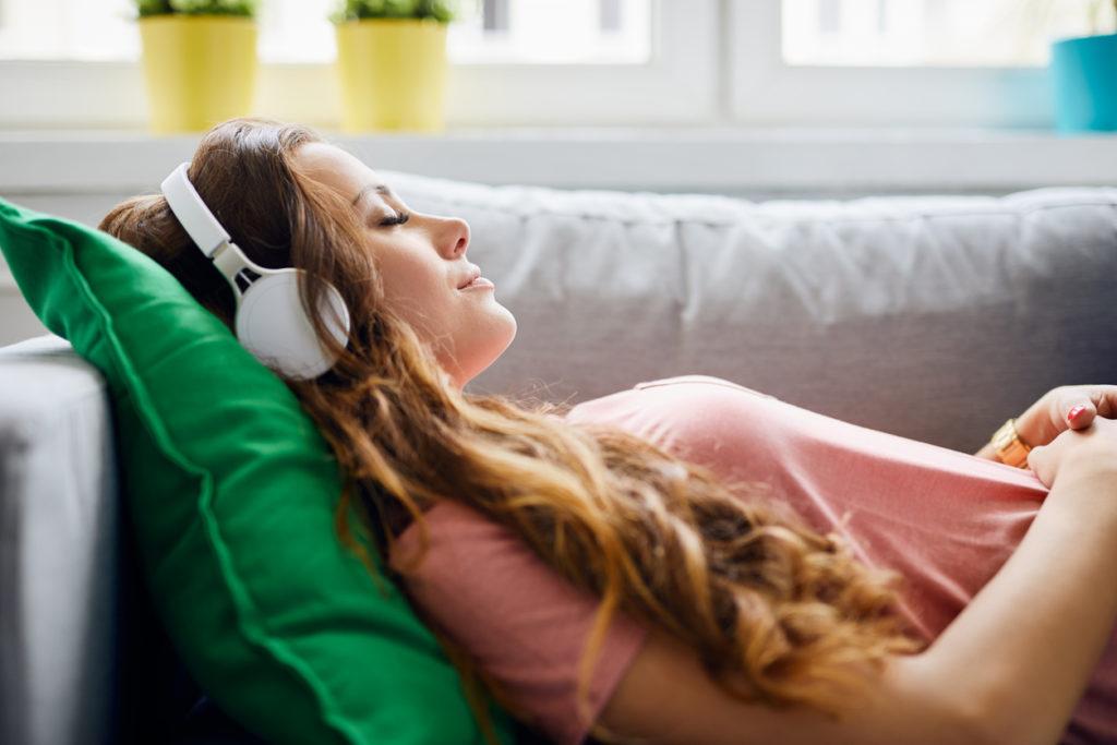 Werelddag Geestelijke Gezondheid: dit zijn onze zeven favoriete mental health-podcasts