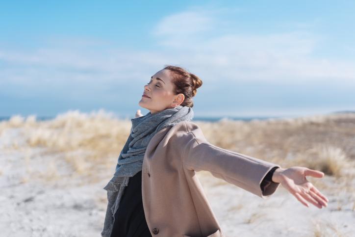 Zen in een mum van tijd? Het kan, dankzij deze ademhalingsoefening van Goedele Leyssen!