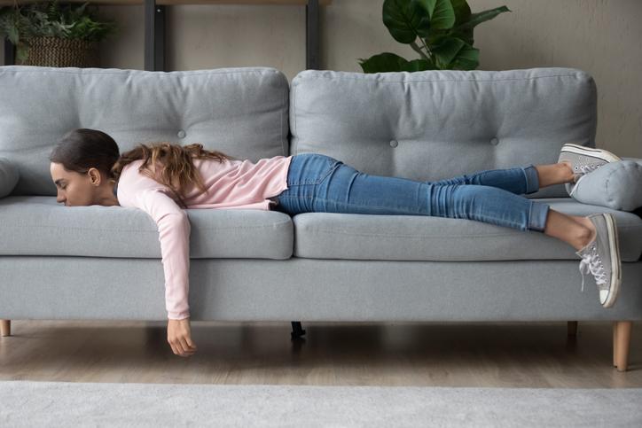 Waarom je steeds zo moe bent? 16 oorzaken van vermoeidheid
