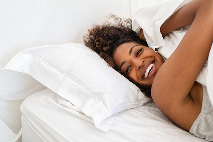 Een goede nachtrust begint overdag (en met deze vier factoren moet je volgens onze slaapexpert rekening houden)
