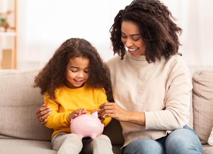 Survivalgids voor ouders: 12 tips om je kind te leren omgaan met geld
