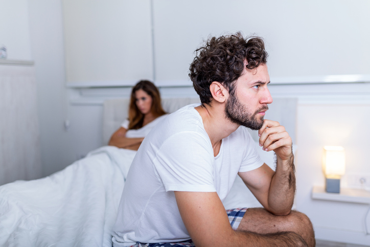 Erectieproblemen enkel voor oudere mannen? Think again! (En zo verklaart de seksuoloog dat)
