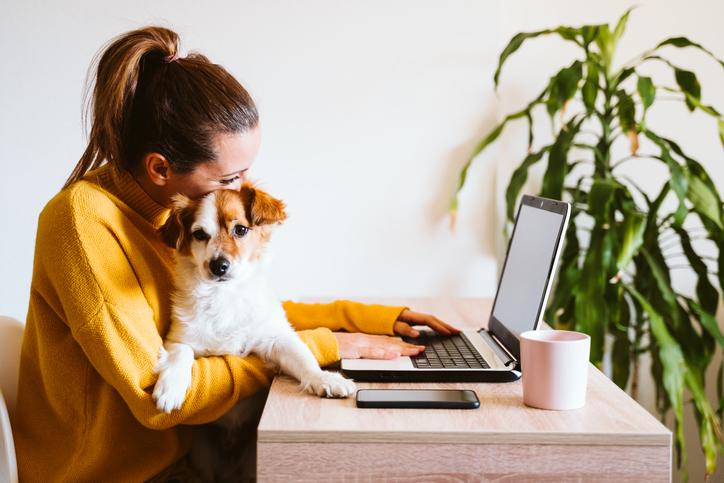 4 tips die thuiswerk een stuk draaglijker (én productiever) maken