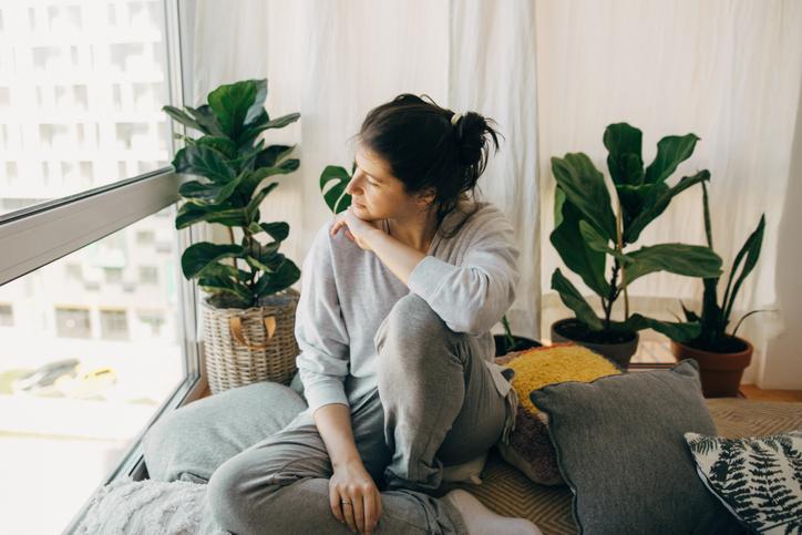 Nieuw onderzoek: 1 op 7 lijdt aan gevolgen 'Long Covid' (en vooral vrouwen hebben er last van)