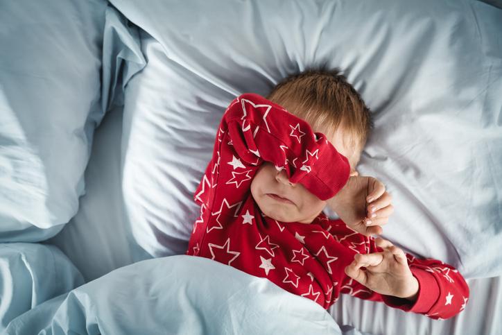 Heeft jouw kind last van nachtangst? De slaapexperte legt uit wat het precies is en hoe je kan helpen