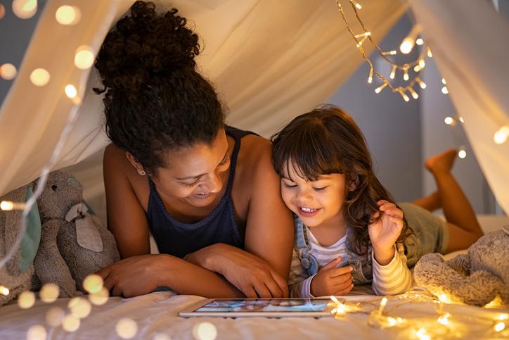 Survivalgids voor ouders: 12 tips om je kind te leren omgaan met de digitale wereld