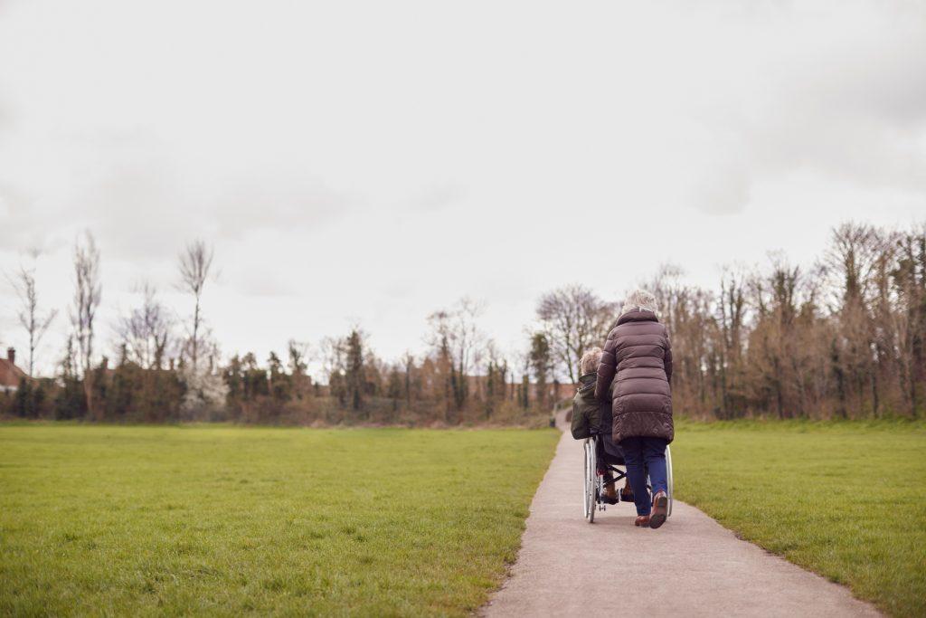 GETUIGENIS Marie is mantelzorger van echtgenoot met vasculaire dementie: 'Hij zegt nog elke dag dat hij me graag ziet. Dat houdt me sterk'
