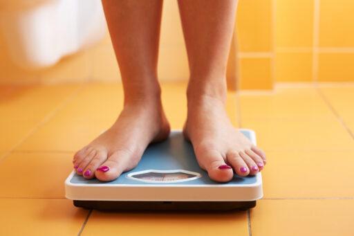 Is het coronavirus gevaarlijker voor zwaarlijvige mensen?