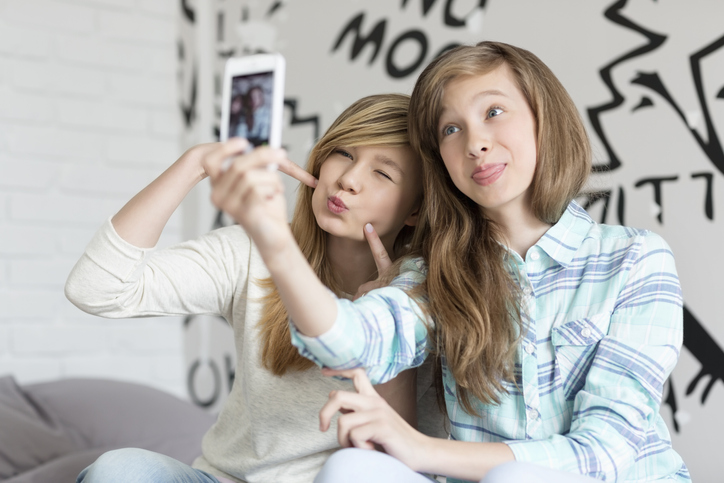 Nieuw onderzoek: meisjes gebruiken al vanaf 10 jaar filters op sociale media