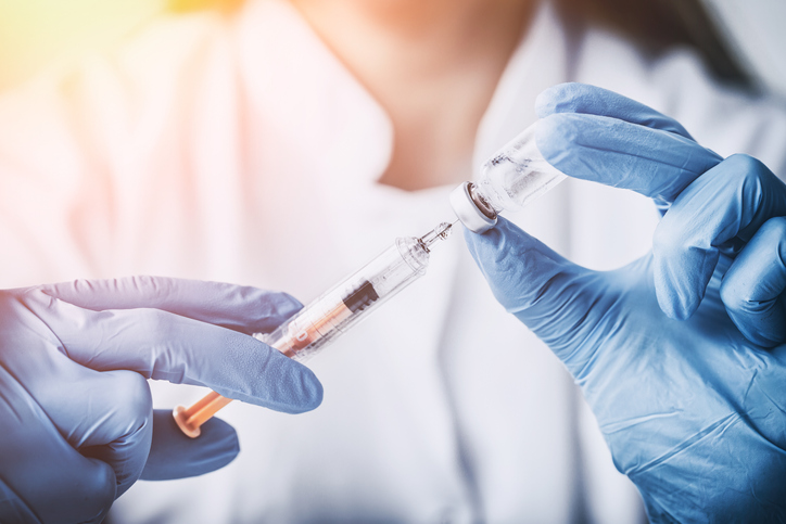 De vraag op ieders lippen: hoe lang duurt het vooraleer het coronavaccin werkt?