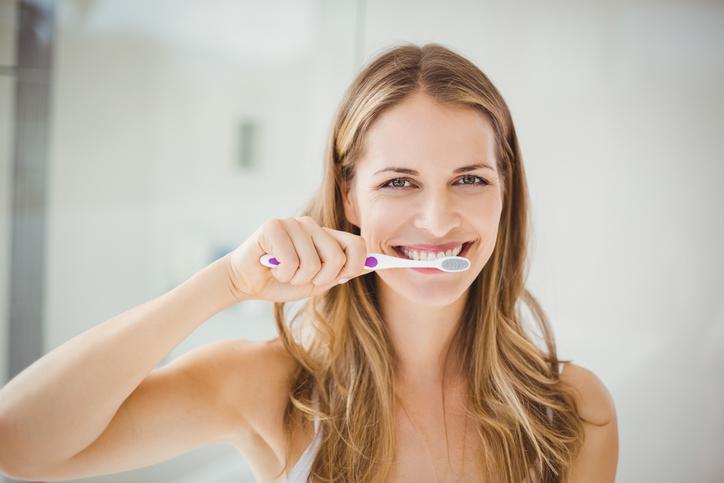 Nieuw onderzoek: 'Een goede mondhygiëne kan ernstige vorm van corona voorkomen'