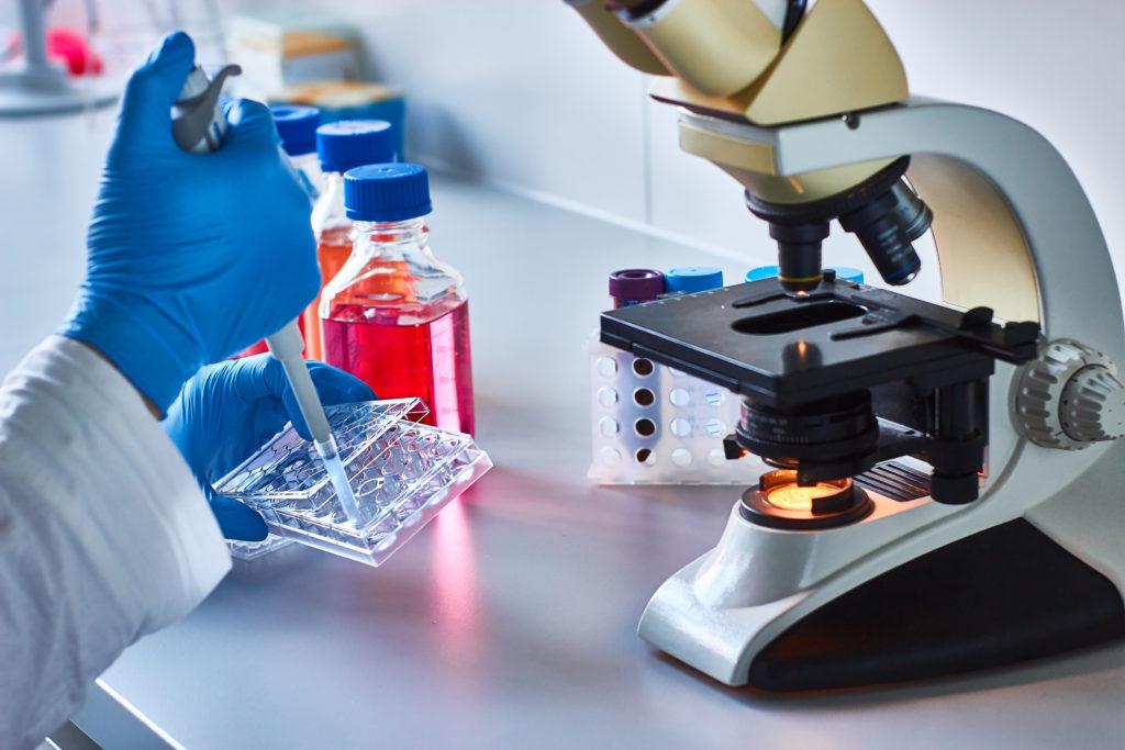 Nanodeeltjes met koper kunnen kankercellen in muizen doden