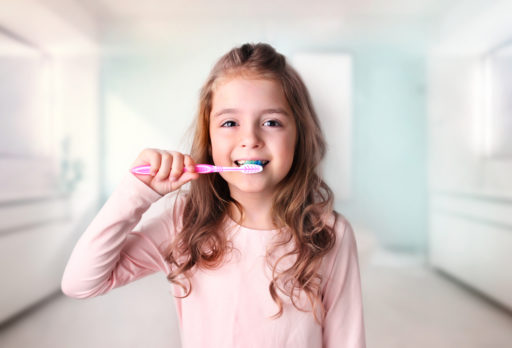 Poetsen jouw kinderen hun tanden wel op de juiste manier?