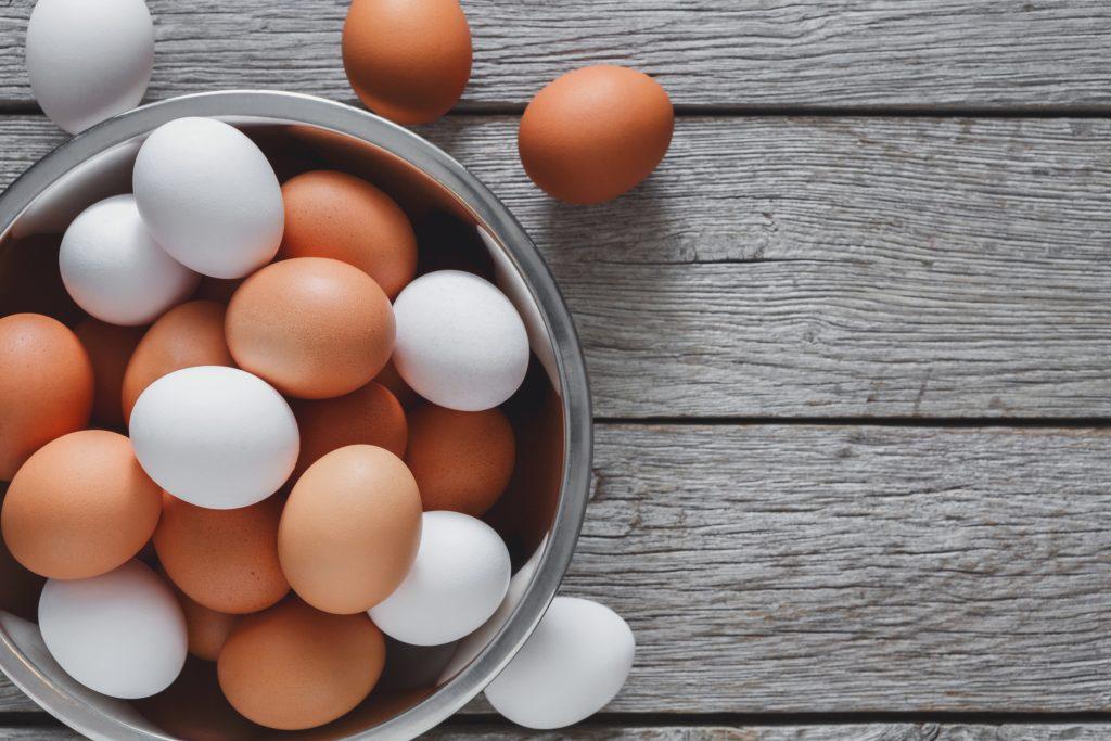 Welk ei koop ik het beste? Vier soorten eieren van legkippen uitgelicht