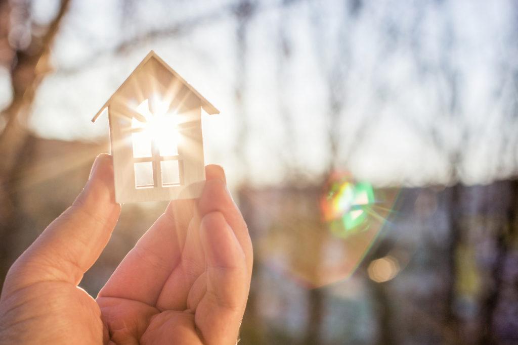 Oeps: Deze vijf alledaagse voorwerpen vervuilen de lucht in je woning
