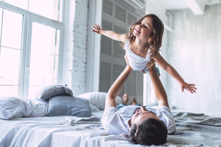 Survivalgids voor ouders: 6 tips om om te gaan met slaapproblemen