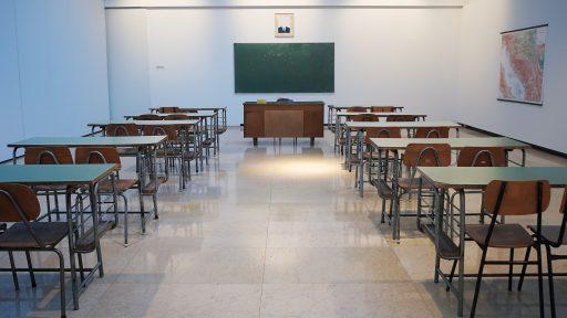 Au Luxembourg, un prof du secondaire gagne minimum 76.376 euros bruts par an