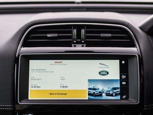 Slimme auto's voeren dit jaar voor ruim 500 miljoen dollar aan betalingen uit