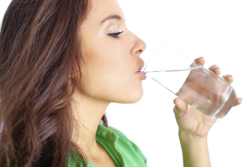 Als je 30 dagen alleen water drinkt gebeurt dit