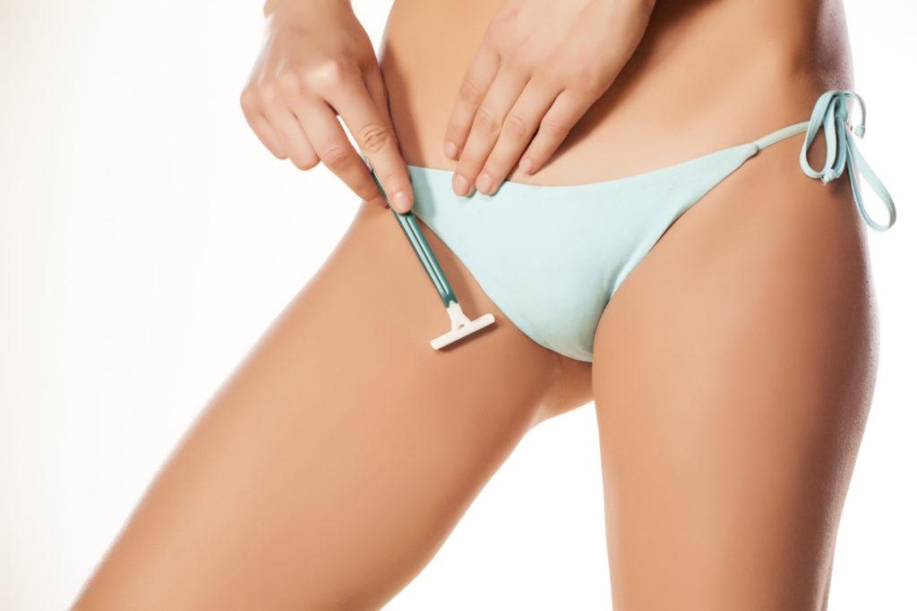 Je bikinilijn scheren zonder bultjes? Zo doe je dat