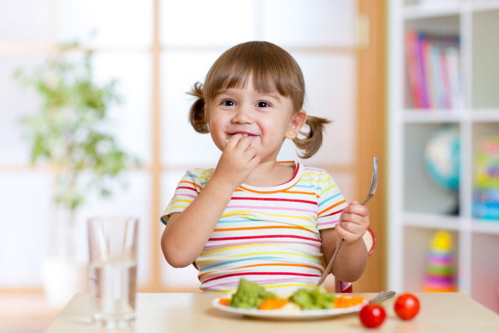 Je kind op een realistische en haalbare manier groenten leren eten: de beste tips
