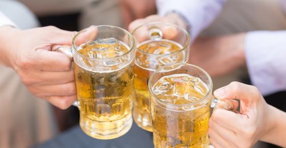Je zal nooit geloven wat alcohol met je lichaam doet