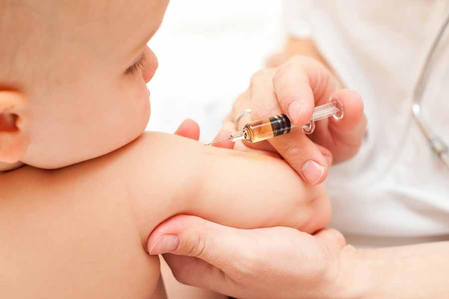 Is Kinkhoest Besmettelijk? Welke Inenting?