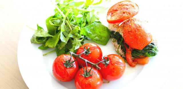 Kippenfilet opgevuld met spinazie en tomaat