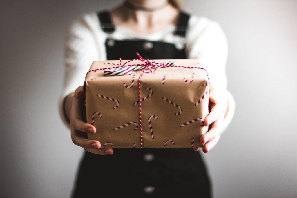 5 cadeaus die zó leuk zijn dat niemand zal vermoeden dat je ze last minute kocht (wedden?!)