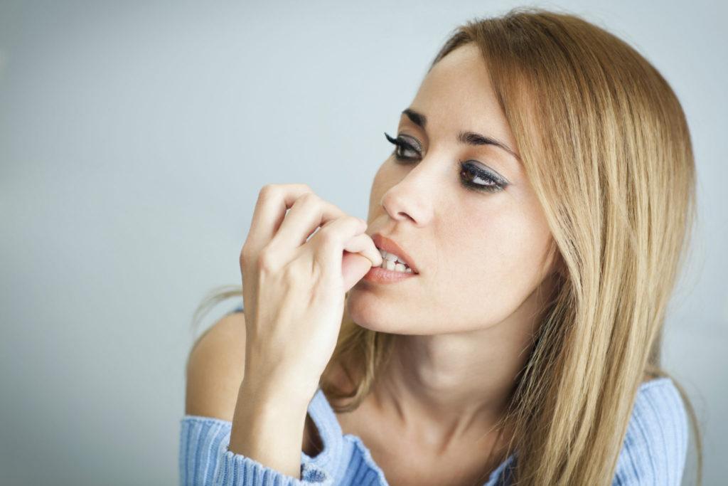 Lees hier waarom je moet stoppen met nagelbijten