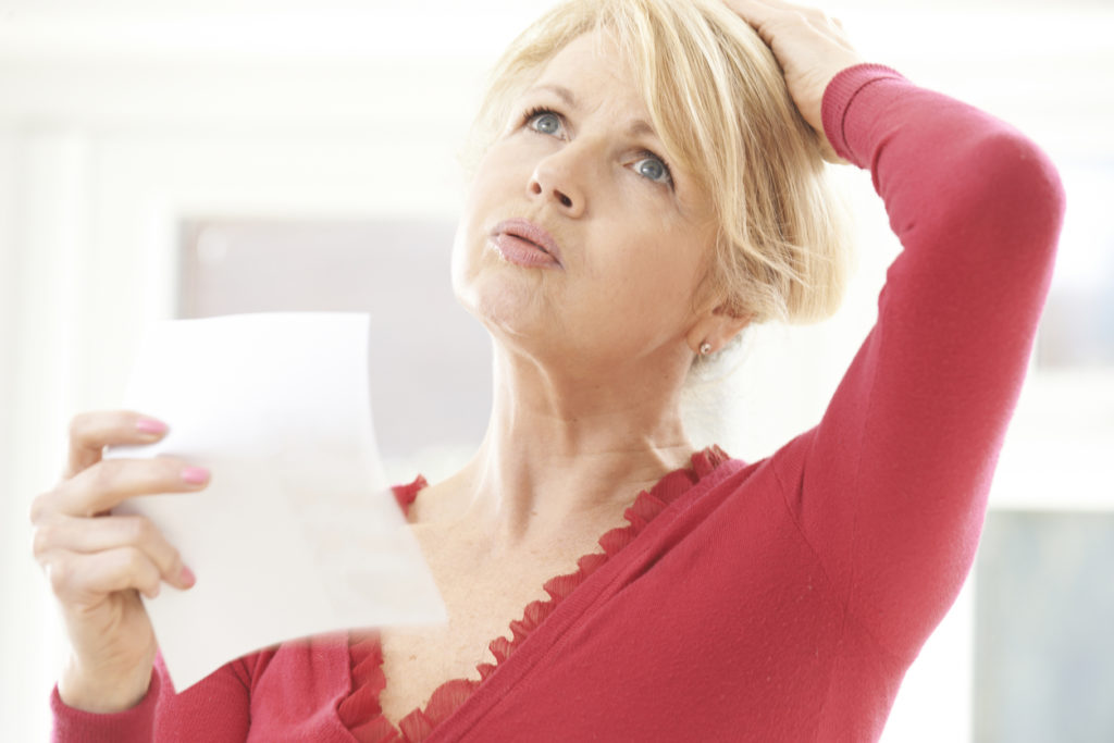 Lezersvraag: Kan bepaalde voeding helpen om opvliegers en transpiratie te verminderen?