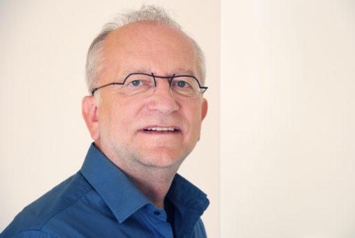Dr. Luc Swinnen