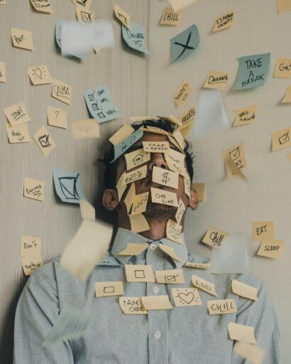 9 tips om je hoofd leeg te maken in deze verwarrende tijden