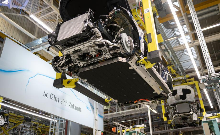 Batteries des véhicules électriques: l'Europe vise l'autonomie dès 2025
