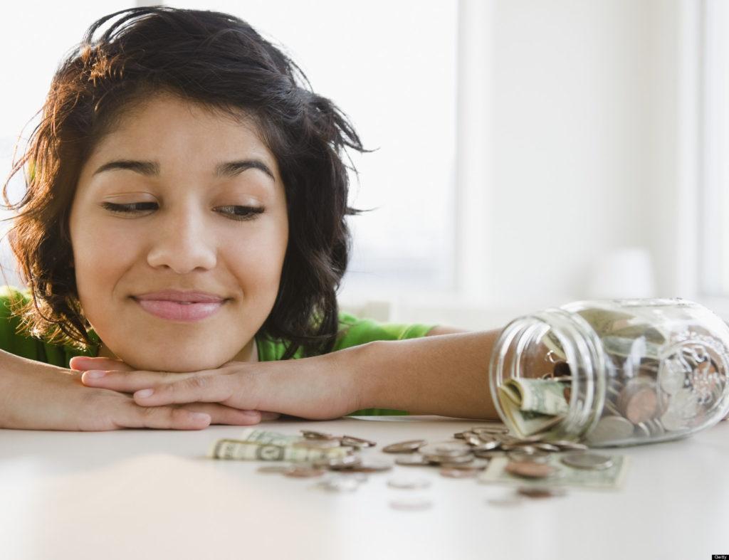 Met deze 12 trucjes kan je per maand 200 euro sparen