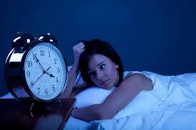 Met deze 9 tips val je sneller in slaap