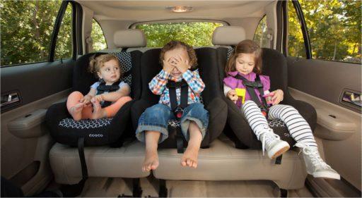Met je kinderen op reis? Zo voorkom je gezeur in de auto
