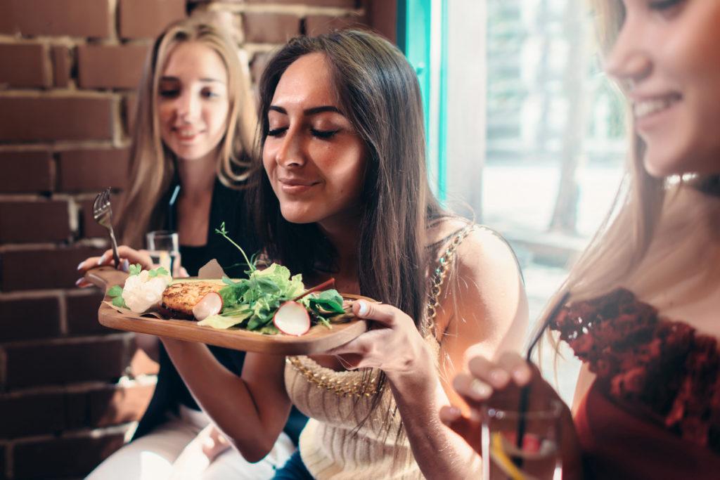Mindfulness, ook tijdens het eten: dit is wat moet je weten over mindful eating