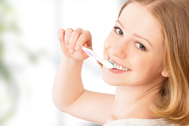 Na zoveel tijd moet je ECHT je tandenborstel vervangen